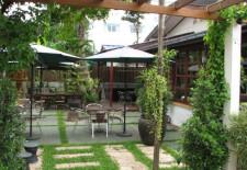 Patuxay Cafe