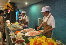 The Promise Buffet Vientiane Cooking Station
