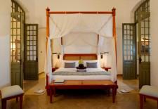 Amantaka-Bedroom-Suite