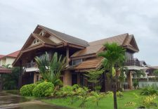 (880) Large Family Rental House with Country Laos Feel