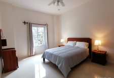 (896) Bounnong Apartments Located in Central Vientiane